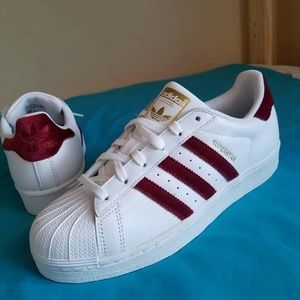 adidas superstars womens size 7